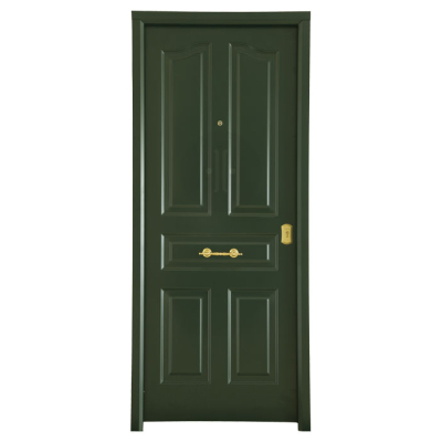 Puerta metálica clásica en madera
