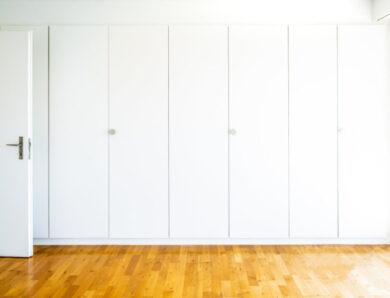 Cómo elegir las puertas de los armarios y sus sistemas de apertura