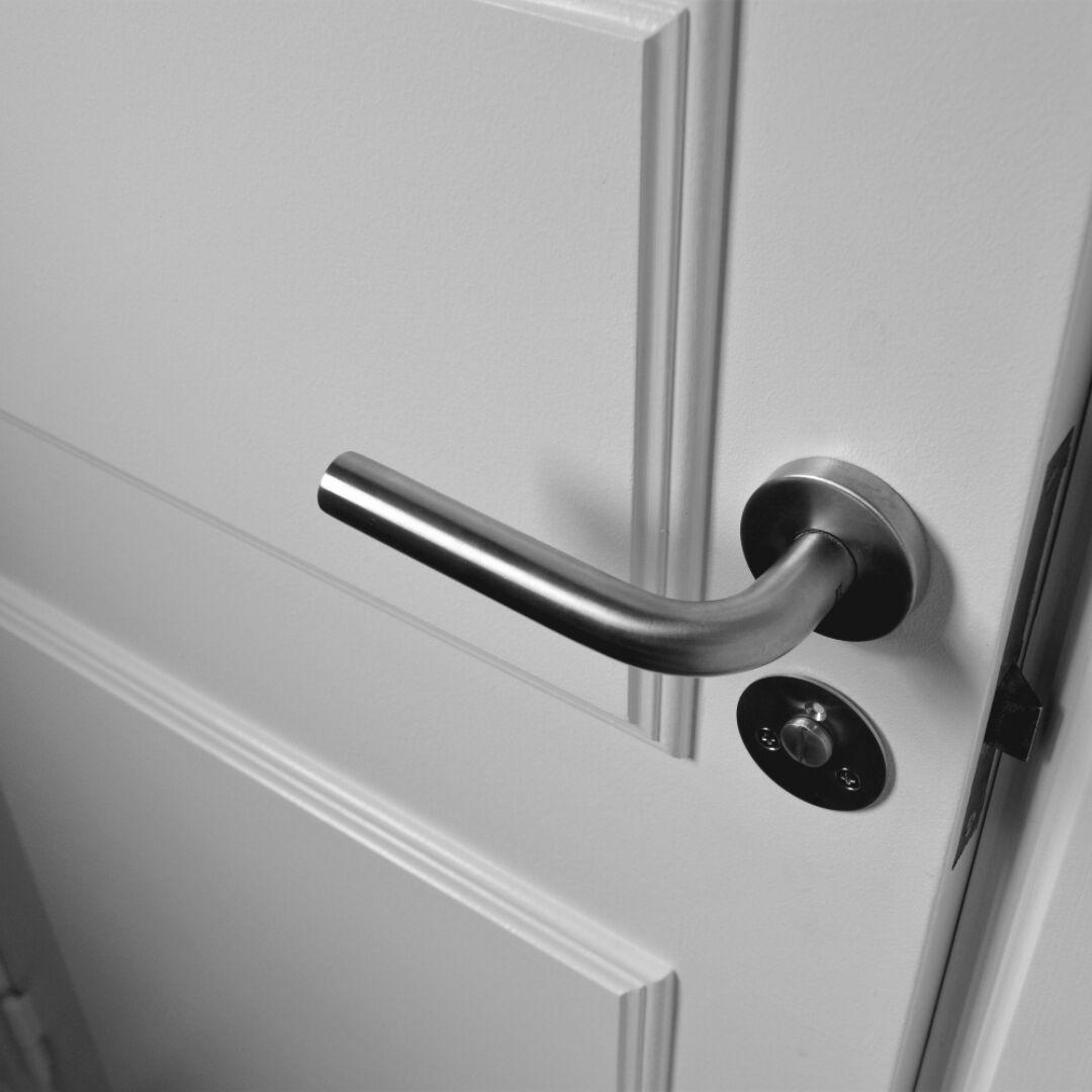puertas para oficinas de madera