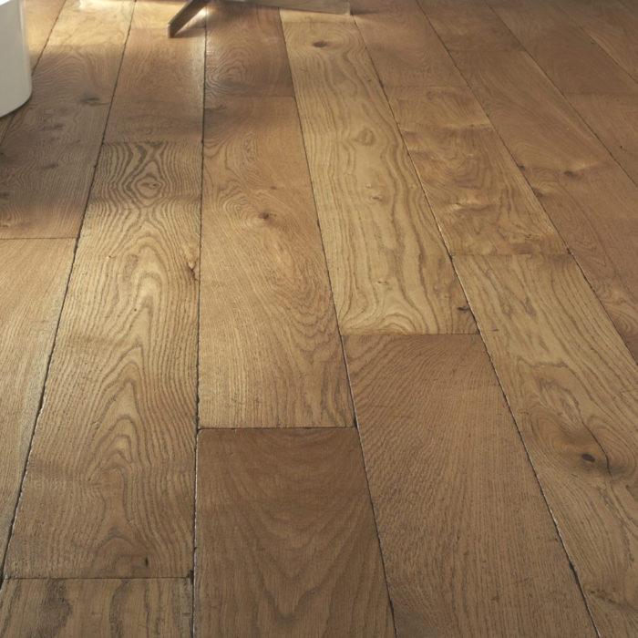 como limpiar suelo de parquet