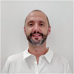 Miguel López Corralconta